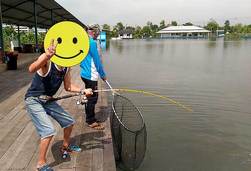 noomFish タイ 釣り堀 巨大魚 やり取り