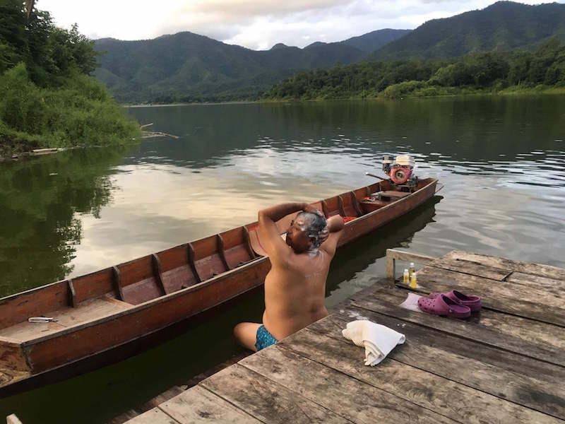 シーナカリンダム 雷魚 チャドー 水浴び