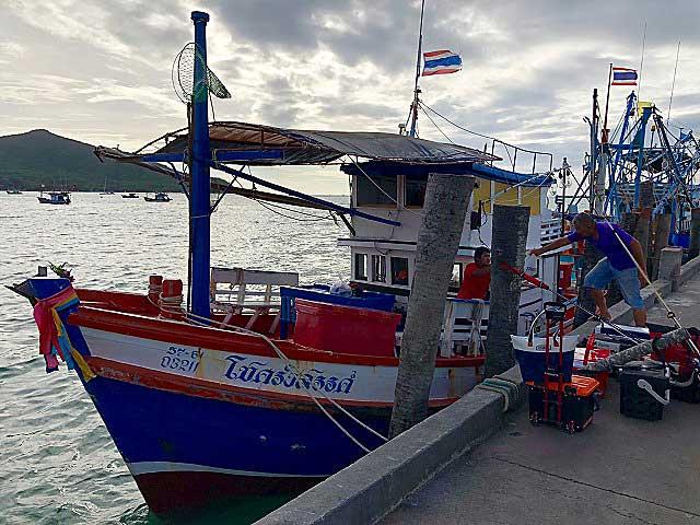 タイランド湾 船釣り ランサン船 バンサレー