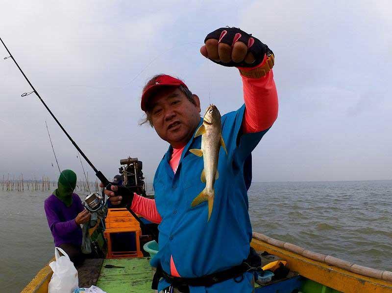 バンサレー ナマズ 釣り