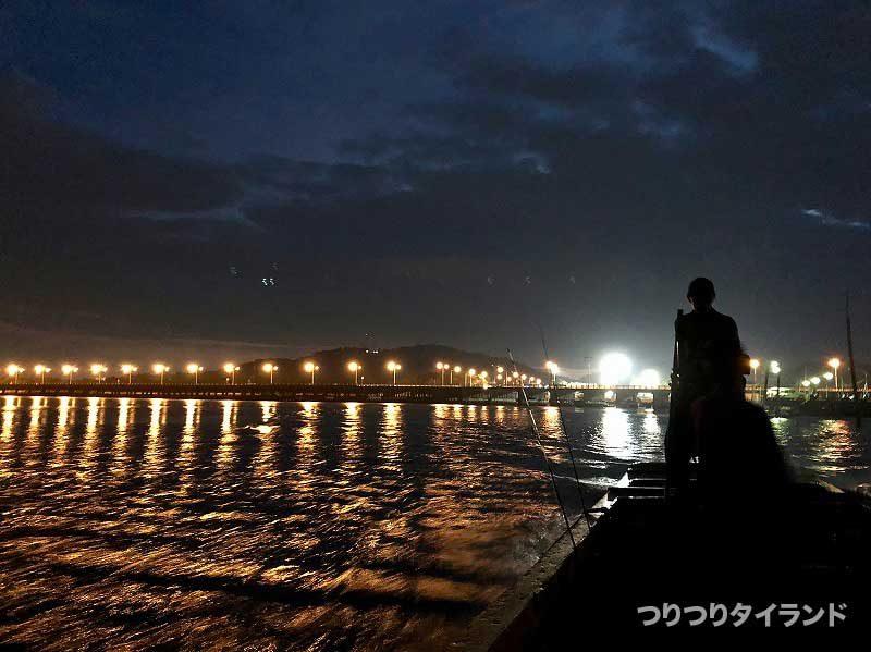 バンサイ 港