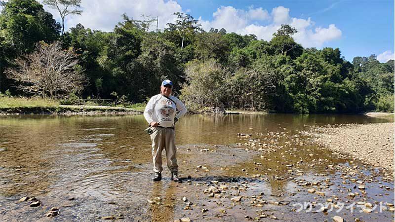 スラータニ 川 釣り