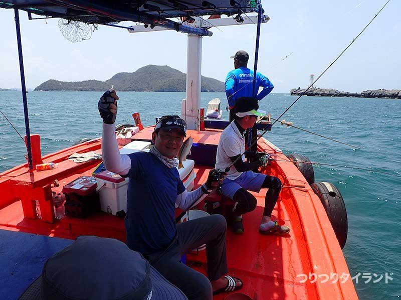 灯台島の船上