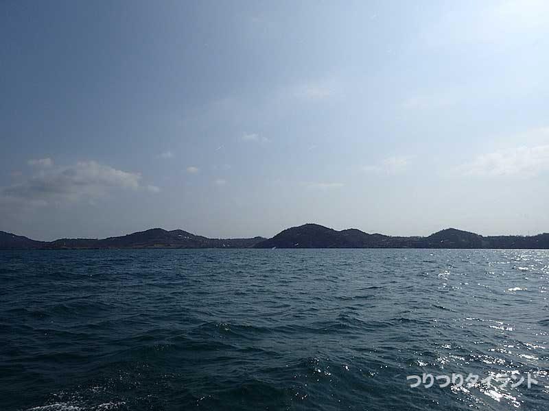 シーチャン島を見ながら移動
