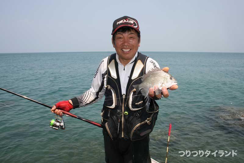 大知昭 シーチャン島で釣ったチヌ