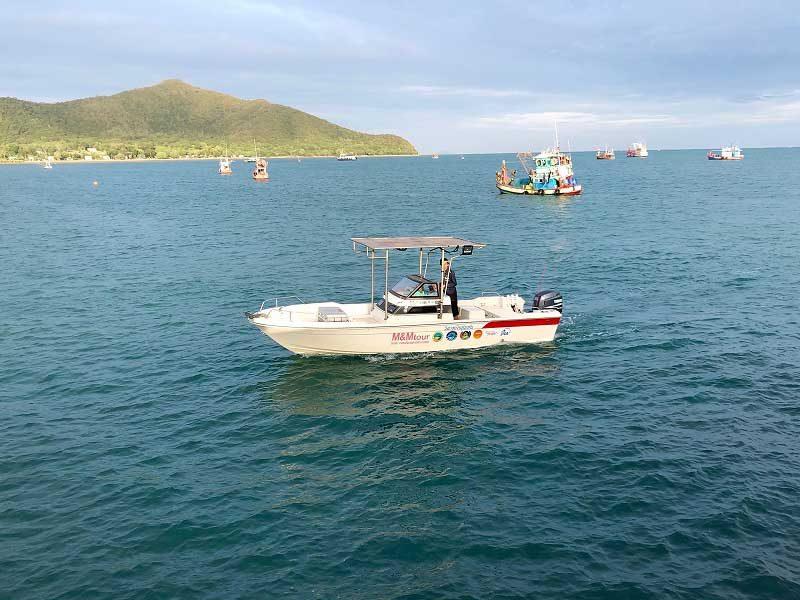 バンサレーM&Mのボート