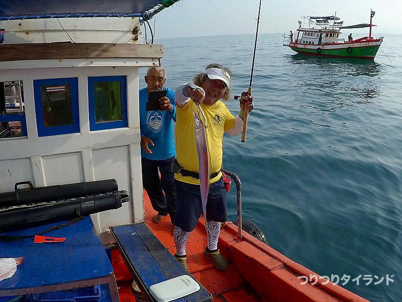 太刀魚を釣ったコウちゃん