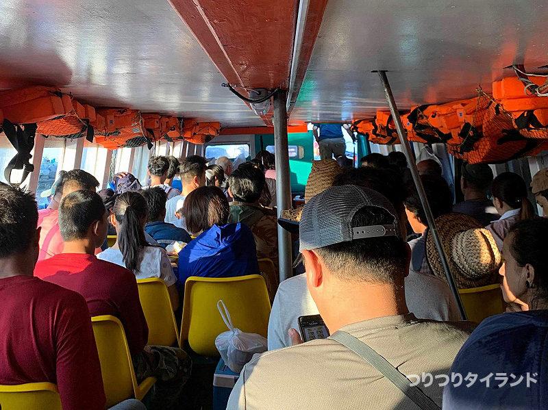 シーチャン島への連絡船