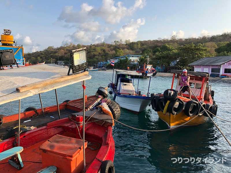 シーチャン島の釣り船