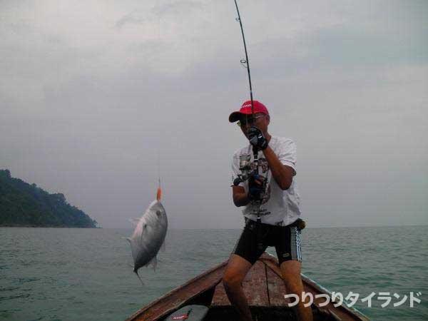 メッキを釣り上げる