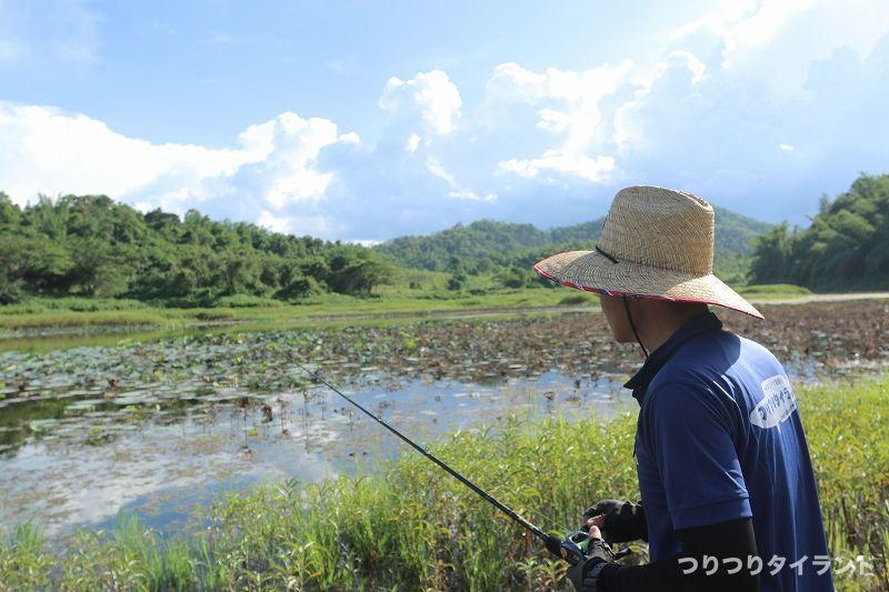 タイでピーコックを釣るテッチャン