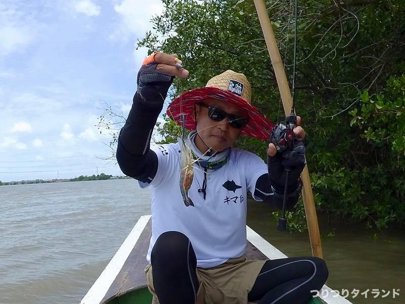 バンパコン川でオニテナガエビ釣ったテッチャン