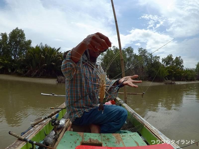 バンパコン川 エビ釣り 船長