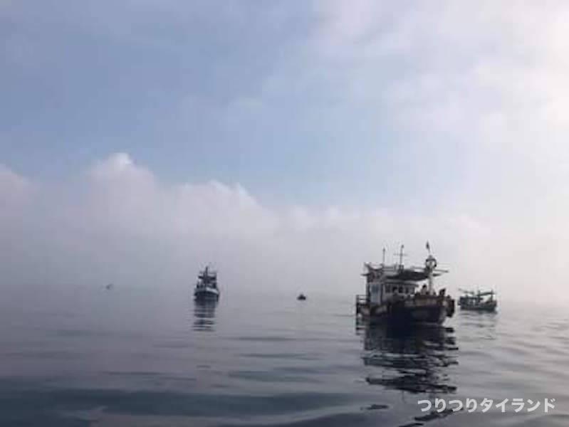 タイランド タチウオ 船