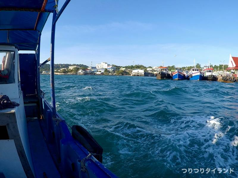 タイの海 船