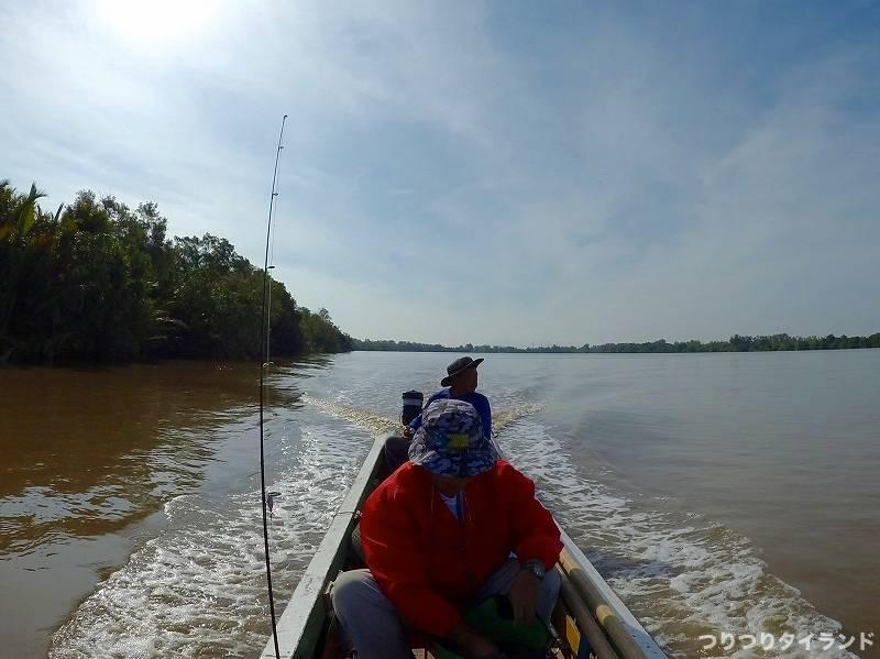 釣り船 移動