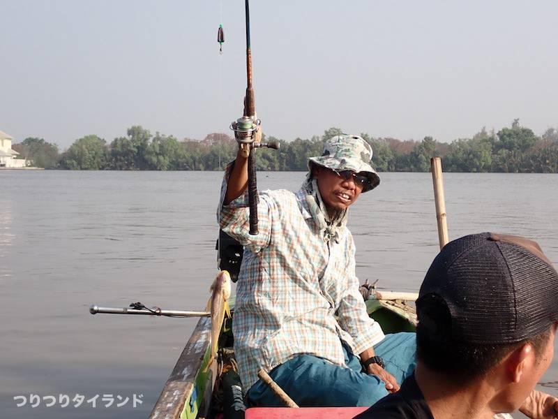 バンパコン川 プラーハンキュー 釣り