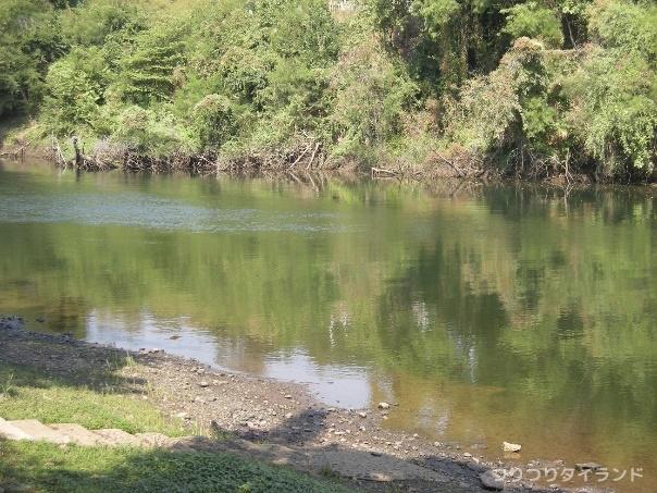 カンチャナブリ 川