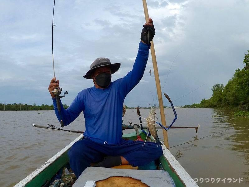 オニテナガエビ バンパコン川